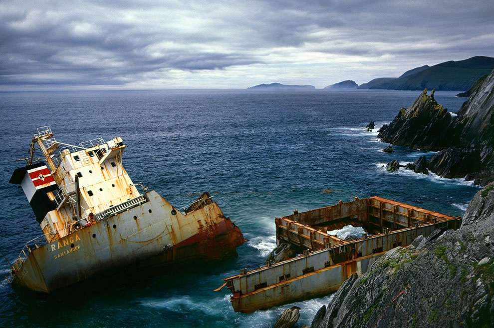 https://worldshipwrecks.wordpress.com/2013/08/11/mv-ranga/
